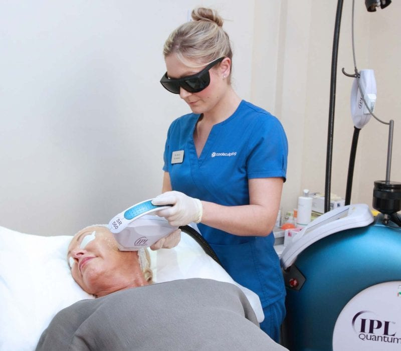 A lady having Intense Pulsed Light treatment